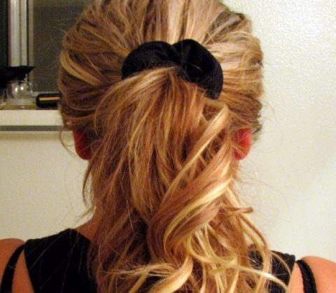 here is a picture of a high ponytail hairstyle from the back